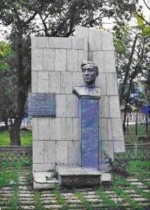 Бюст на могиле Кукарина И.А.