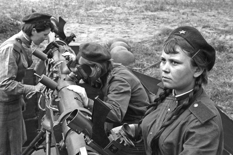 У войны не женское лиц