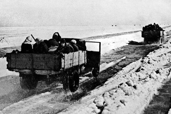 Эвакуация людей из блокадного Ленинграда по Дороге Жизни
