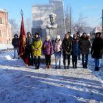 Студенты 204-й группы ЮТТ у могилы Ивана Александровича Кукарина